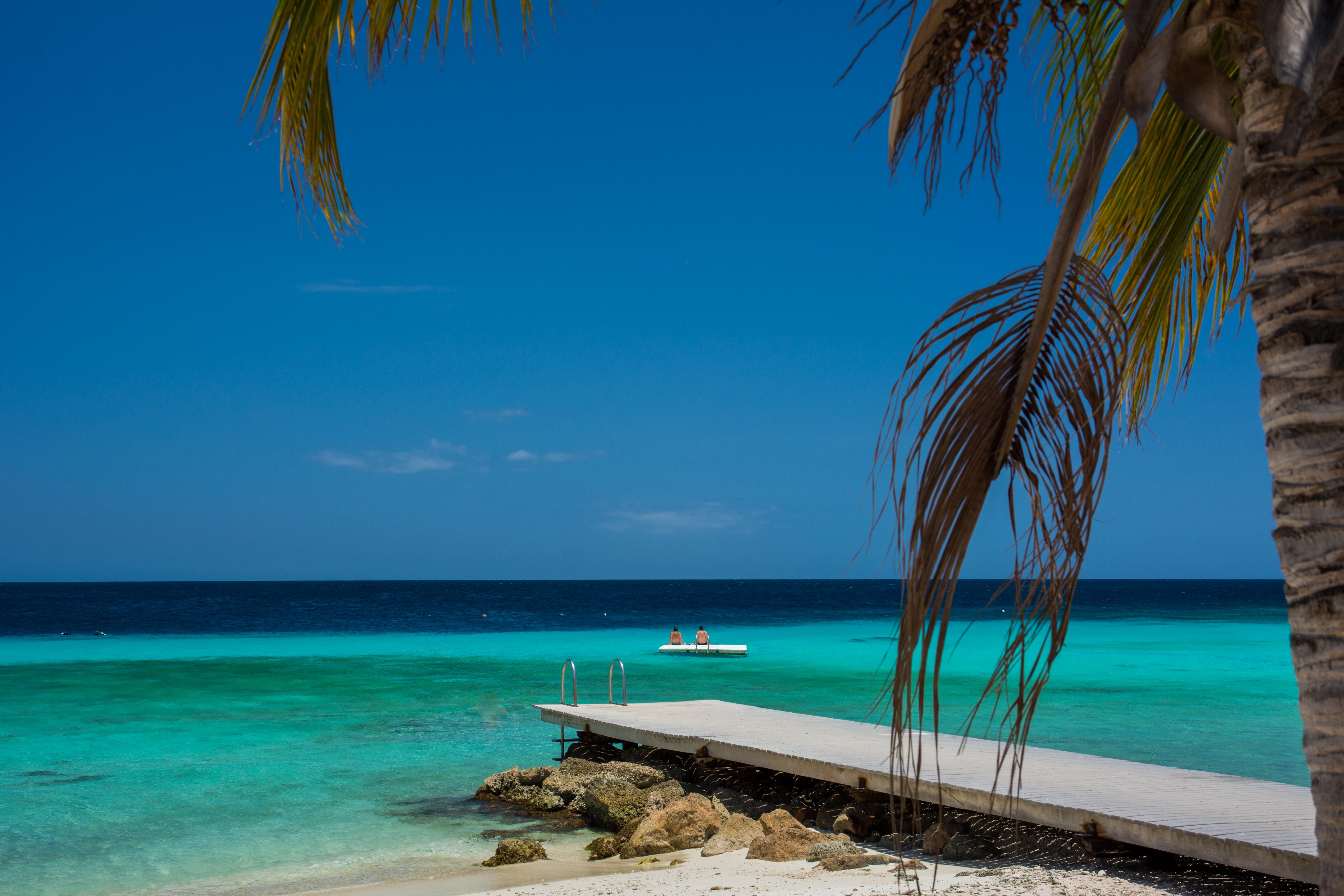 beach-holiday-vacation-caribbean
